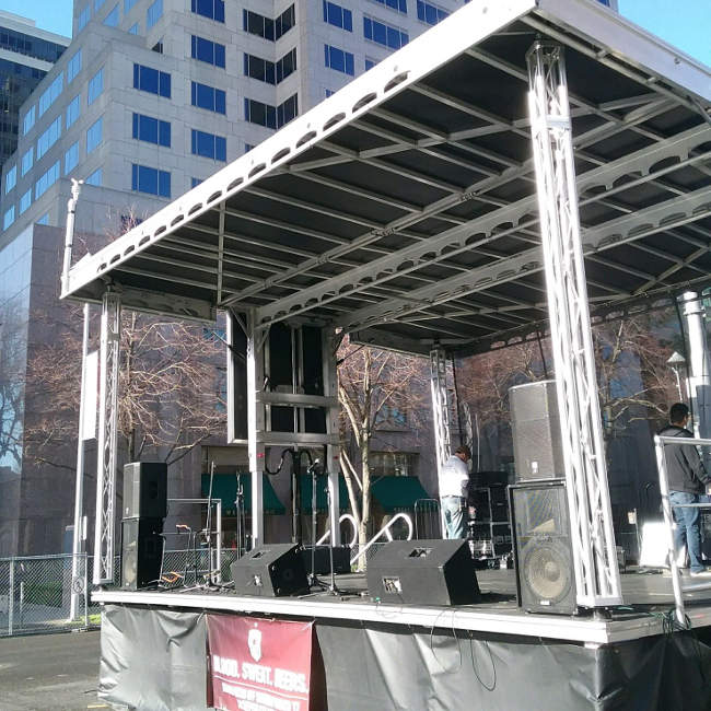 mobile stage and fm transmission